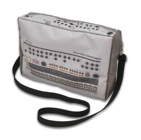 Roland TR-909なバック