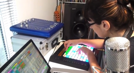 Abletonより「Paula Templeが「Colonized」、Live9、Pushについて語る」動画が公開されました。