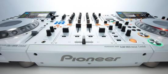 Pioneer CDJ-2000&DJM-900nexusホワイトプレミアムカラー