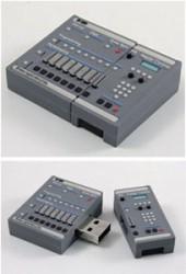 SP-1200なUSB