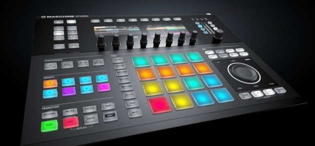 Native Instruments Maschine Studio発売!